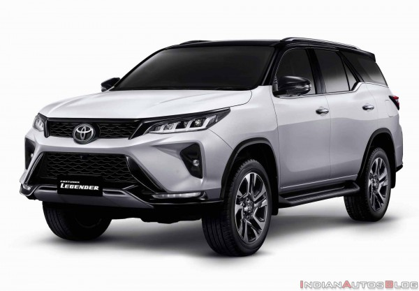 Toyota Fortuner Legender 2.4AT 4*2